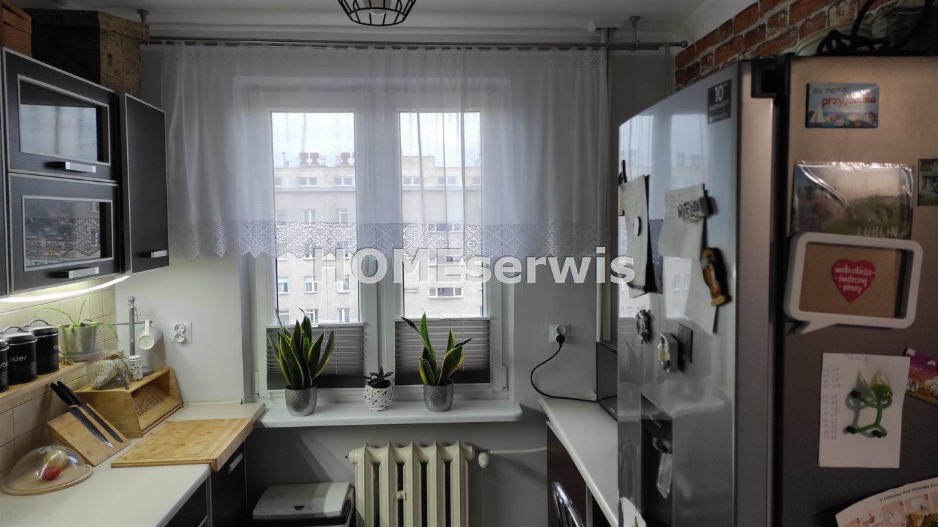 Mieszkanie dwupokojowe na sprzedaż Ostrowiec Świętokrzyski, Centrum  48m2 Foto 4