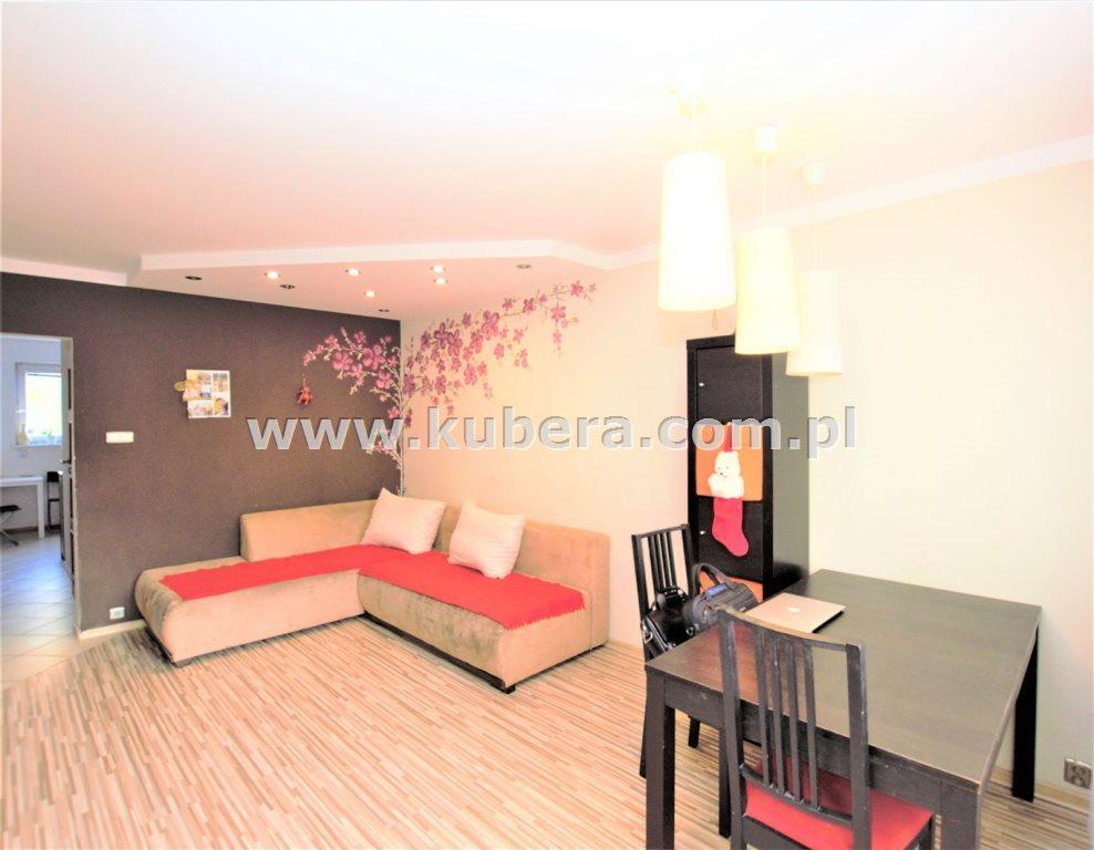 Mieszkanie czteropokojowe  na sprzedaż Piła, Jadwiżyn  71m2 Foto 2