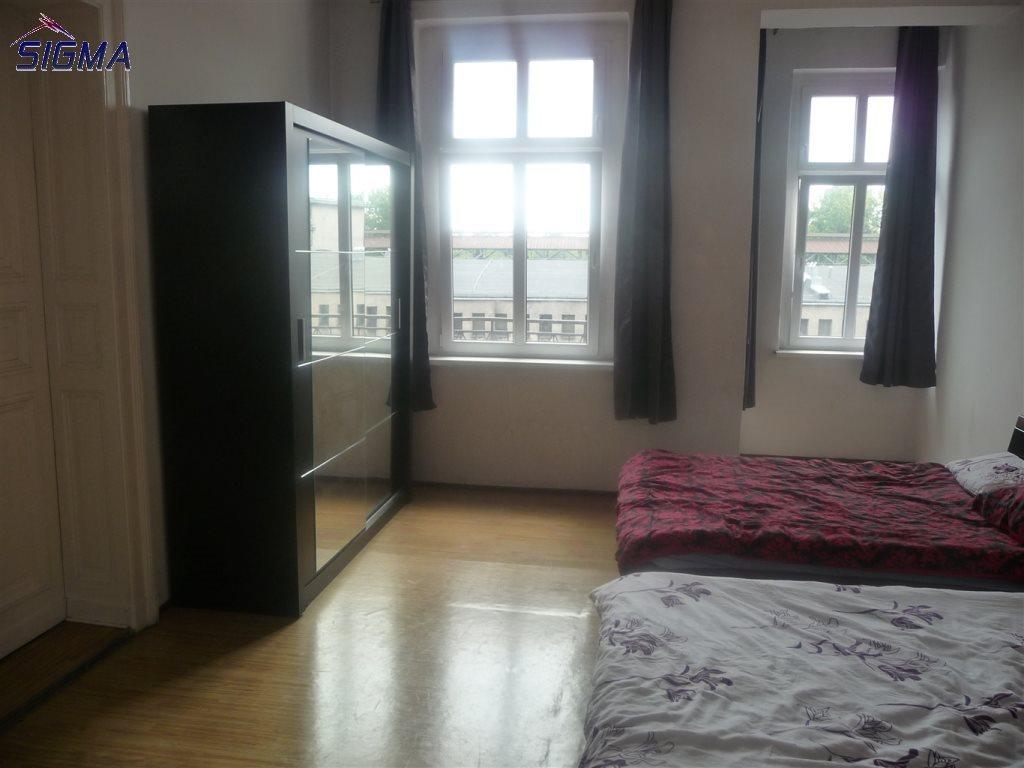 Mieszkanie trzypokojowe na sprzedaż Bytom, Centrum  103m2 Foto 1