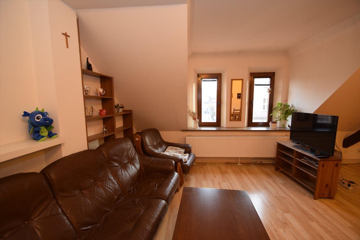 Mieszkanie trzypokojowe na sprzedaż Katowice, Śródmieście  73m2 Foto 1