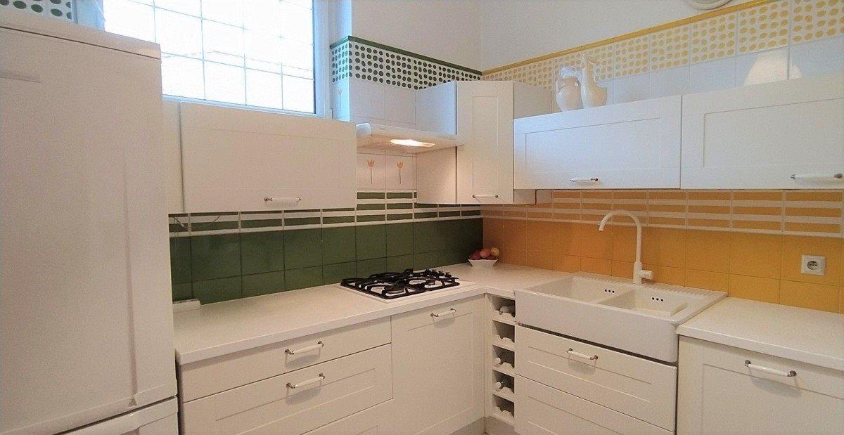 Dom na sprzedaż Sady  220m2 Foto 6