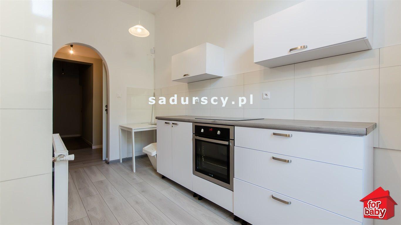 Mieszkanie trzypokojowe na sprzedaż Kraków, Stare Miasto, Stare Miasto, pl. Sikorskiego  75m2 Foto 1
