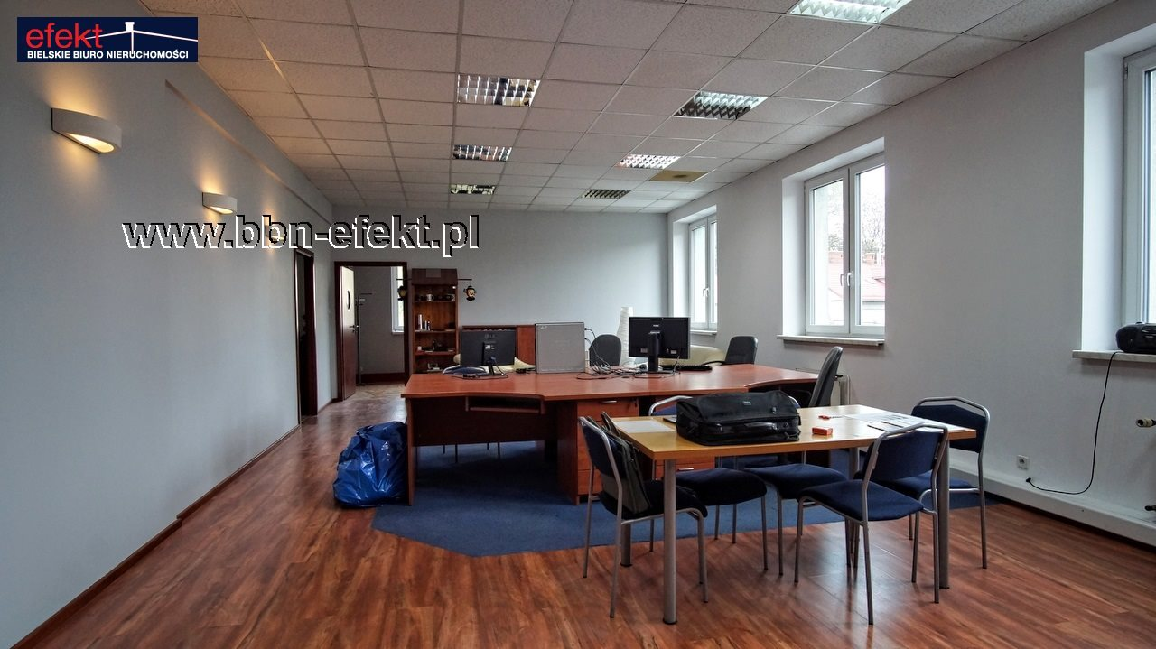 Lokal użytkowy na sprzedaż Bielsko-Biała, Górne Przedmieście  147m2 Foto 1