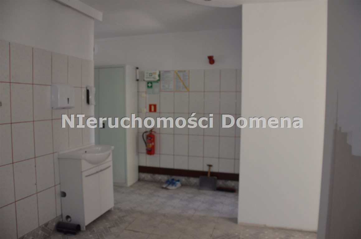 Lokal użytkowy na sprzedaż Tomaszów Mazowiecki  45m2 Foto 3