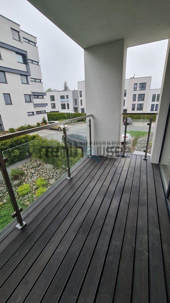 Mieszkanie trzypokojowe na sprzedaż Bielsko-Biała  57m2 Foto 4