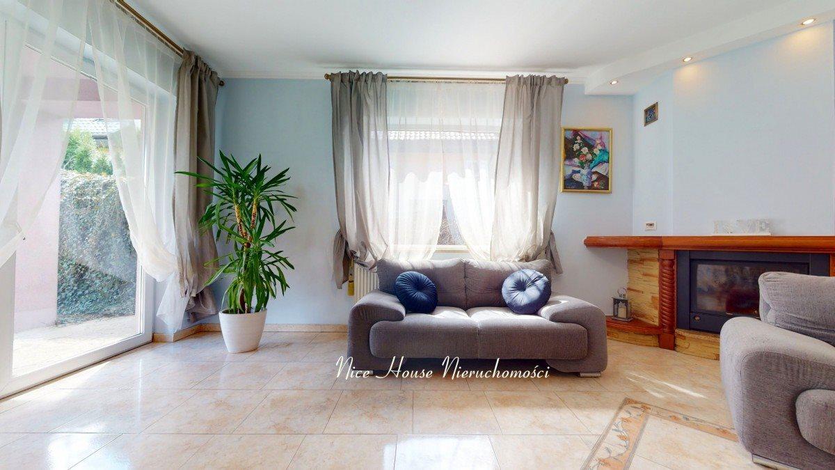 Dom na sprzedaż Łazy, Familijna  290m2 Foto 1