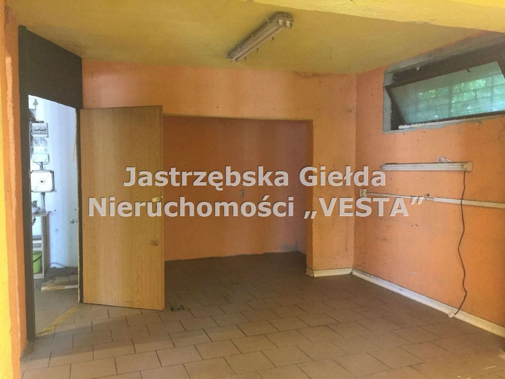 Lokal użytkowy na sprzedaż Jastrzębie-Zdrój, Osiedle Staszica  60m2 Foto 1