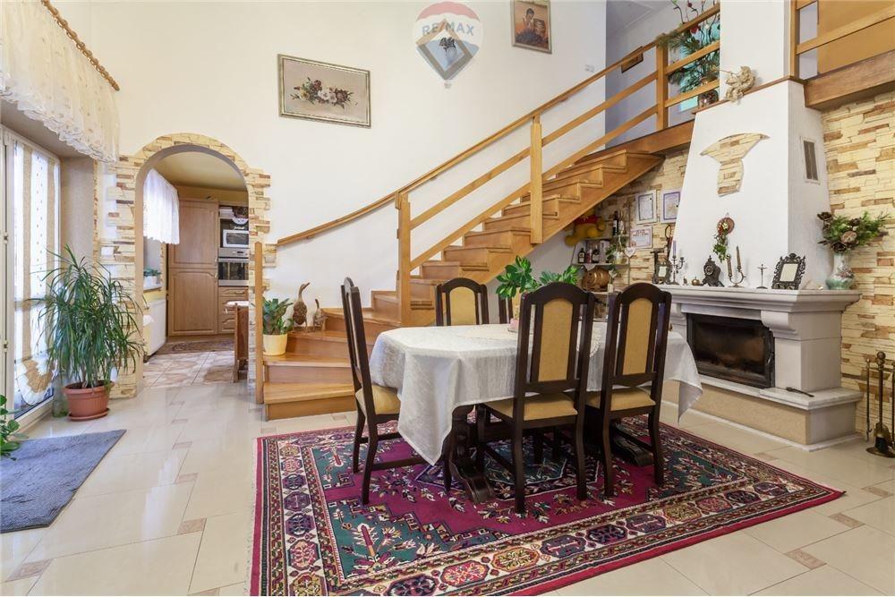 Dom na sprzedaż Ligota  197m2 Foto 6