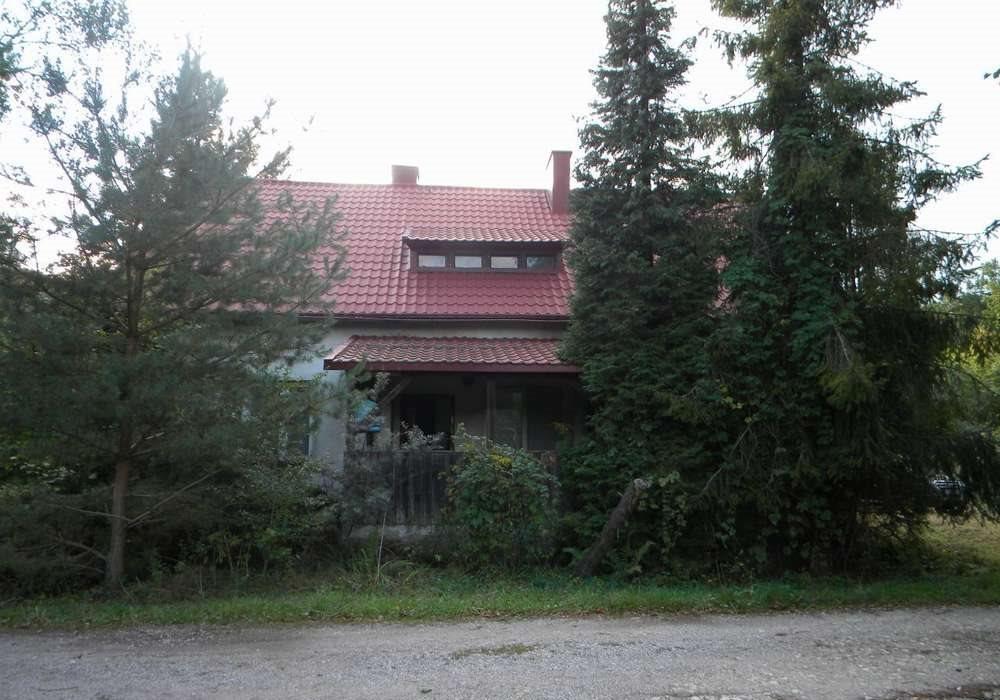 Dom na sprzedaż Tomaszów Mazowiecki, okolice  140m2 Foto 1