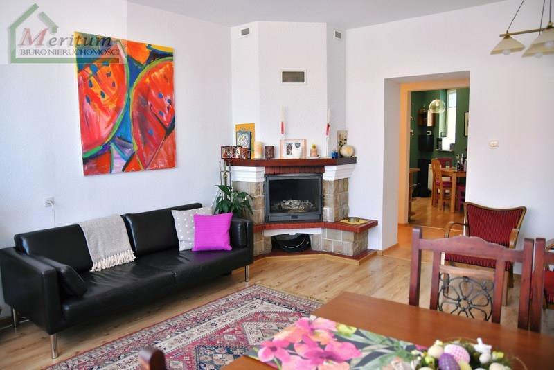 Mieszkanie trzypokojowe na sprzedaż Krosno, Krosno  73m2 Foto 2