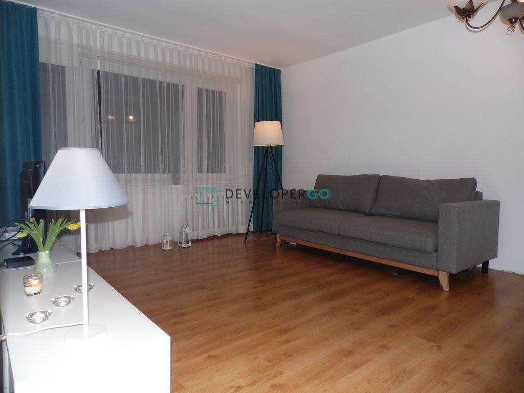 Mieszkanie trzypokojowe na sprzedaż Suwałki, Janusza Korczaka  58m2 Foto 1