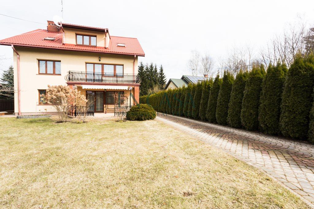 Dom na sprzedaż Złotokłos, Jałowcowa  326m2 Foto 1