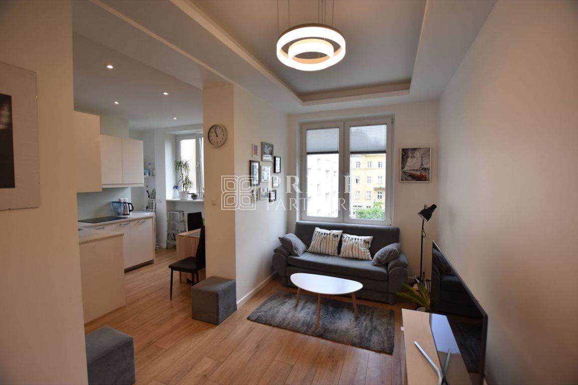 Mieszkanie trzypokojowe na wynajem Warszawa, Śródmieście, Aleje Jerozolimskie  68m2 Foto 2
