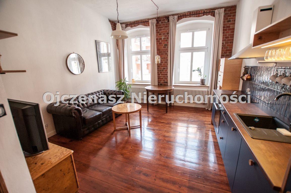 Mieszkanie dwupokojowe na wynajem Bydgoszcz, Śródmieście  37m2 Foto 1