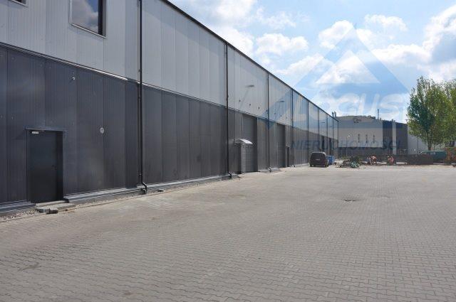 Lokal użytkowy na wynajem Warszawa, Targówek  760m2 Foto 1