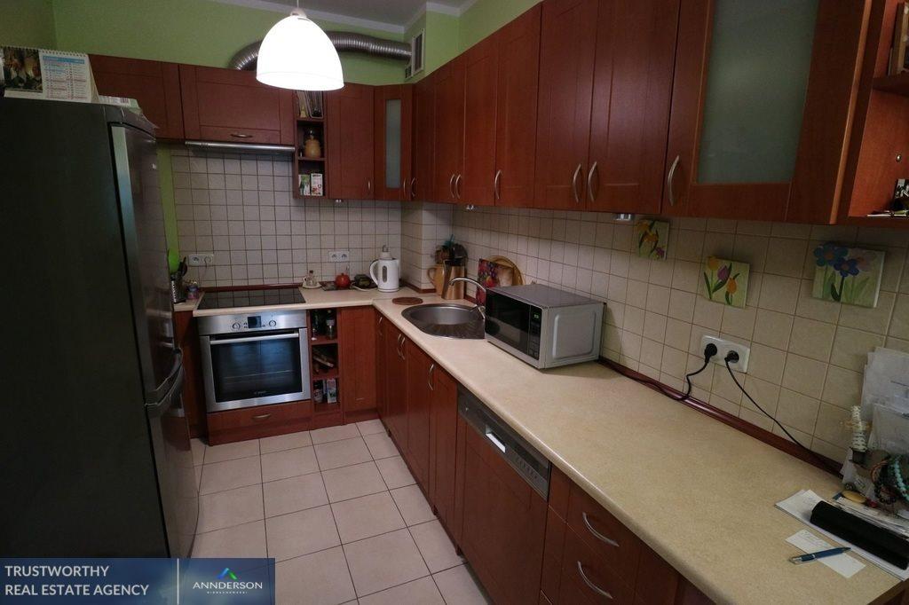 Mieszkanie trzypokojowe na sprzedaż Niepołomice, Jazy, Ogrodowa  72m2 Foto 2