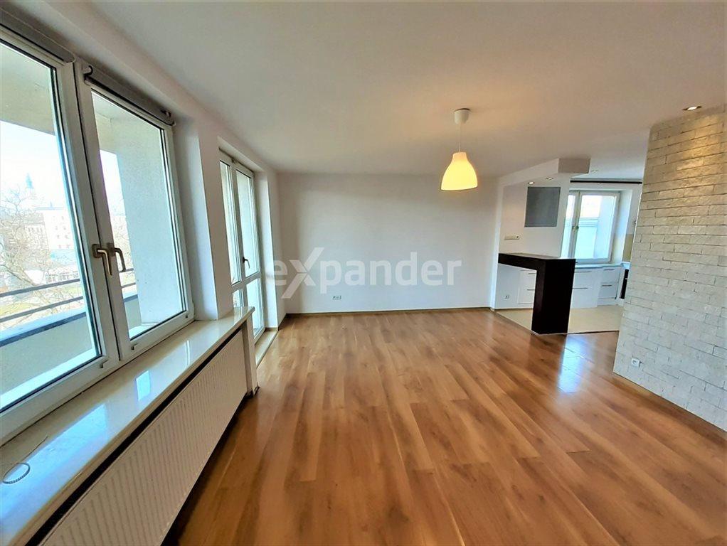 Mieszkanie trzypokojowe na sprzedaż Częstochowa, Śródmieście, Glogera  62m2 Foto 1