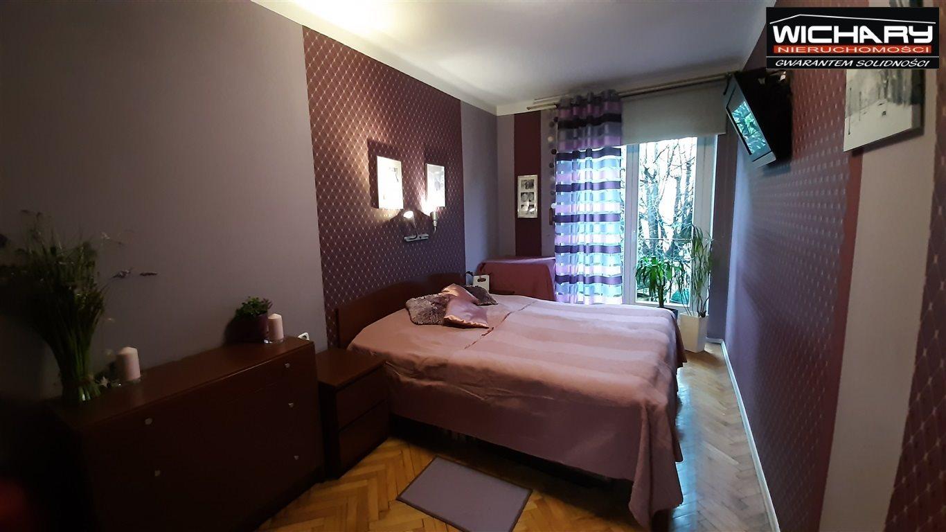 Mieszkanie trzypokojowe na sprzedaż Chorzów  70m2 Foto 1