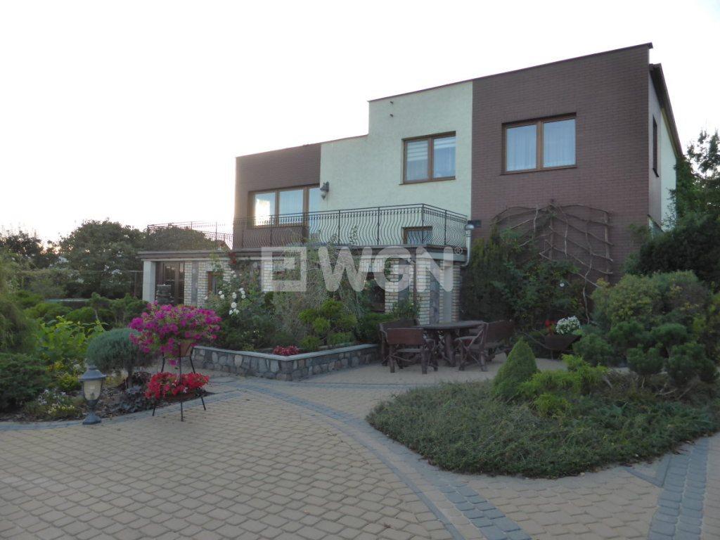 Dom na sprzedaż Starogard Gdański, Osiedle Rzemieślnicze, Osiedle Rzemieślnicze  290m2 Foto 2