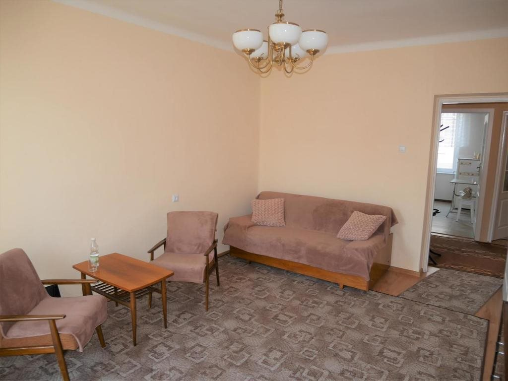 Mieszkanie dwupokojowe na wynajem Kielce, Centrum, Panoramiczna  48m2 Foto 3