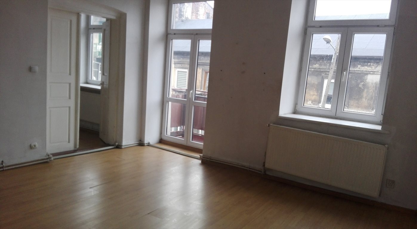 Mieszkanie dwupokojowe na wynajem Pabianice  54m2 Foto 1