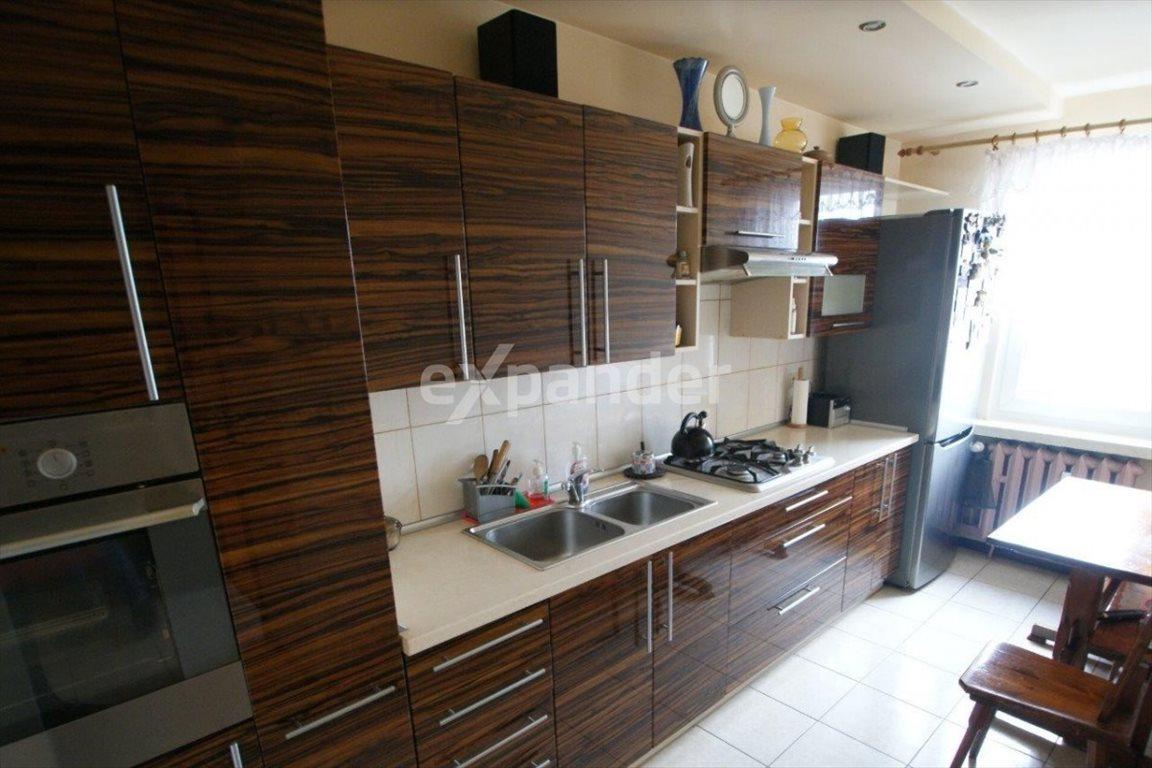 Mieszkanie trzypokojowe na sprzedaż Częstochowa, Wrzosowiak, Orkana  61m2 Foto 1
