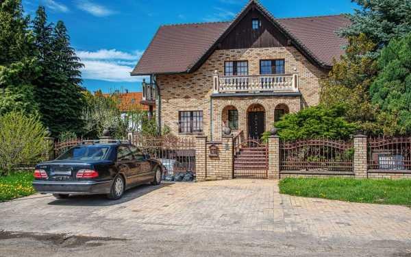 Dom na wynajem Bolesławiec, Nadrzeczna  190m2 Foto 1