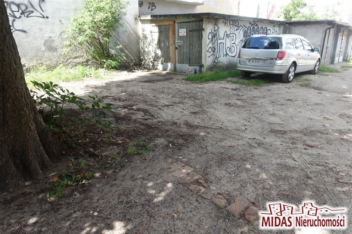 Garaż na sprzedaż Włocławek, Centrum  19m2 Foto 1