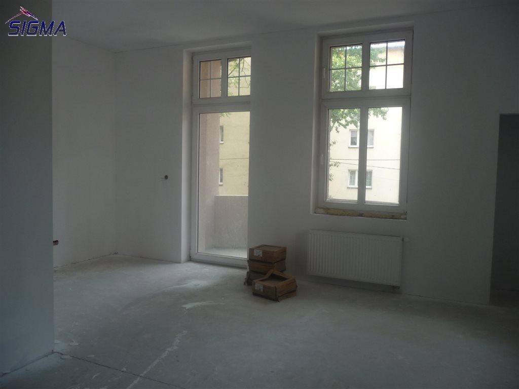 Mieszkanie dwupokojowe na sprzedaż Bytom, Centrum  87m2 Foto 4