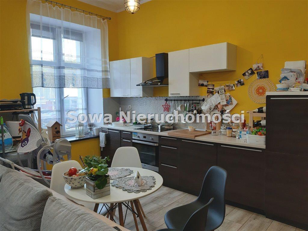Mieszkanie dwupokojowe na sprzedaż Wałbrzych, Podgórze  50m2 Foto 2