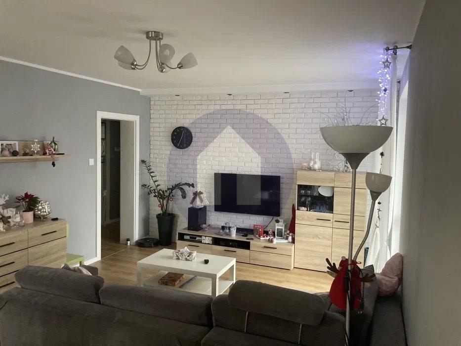 Mieszkanie czteropokojowe  na sprzedaż Trzebnica  87m2 Foto 3