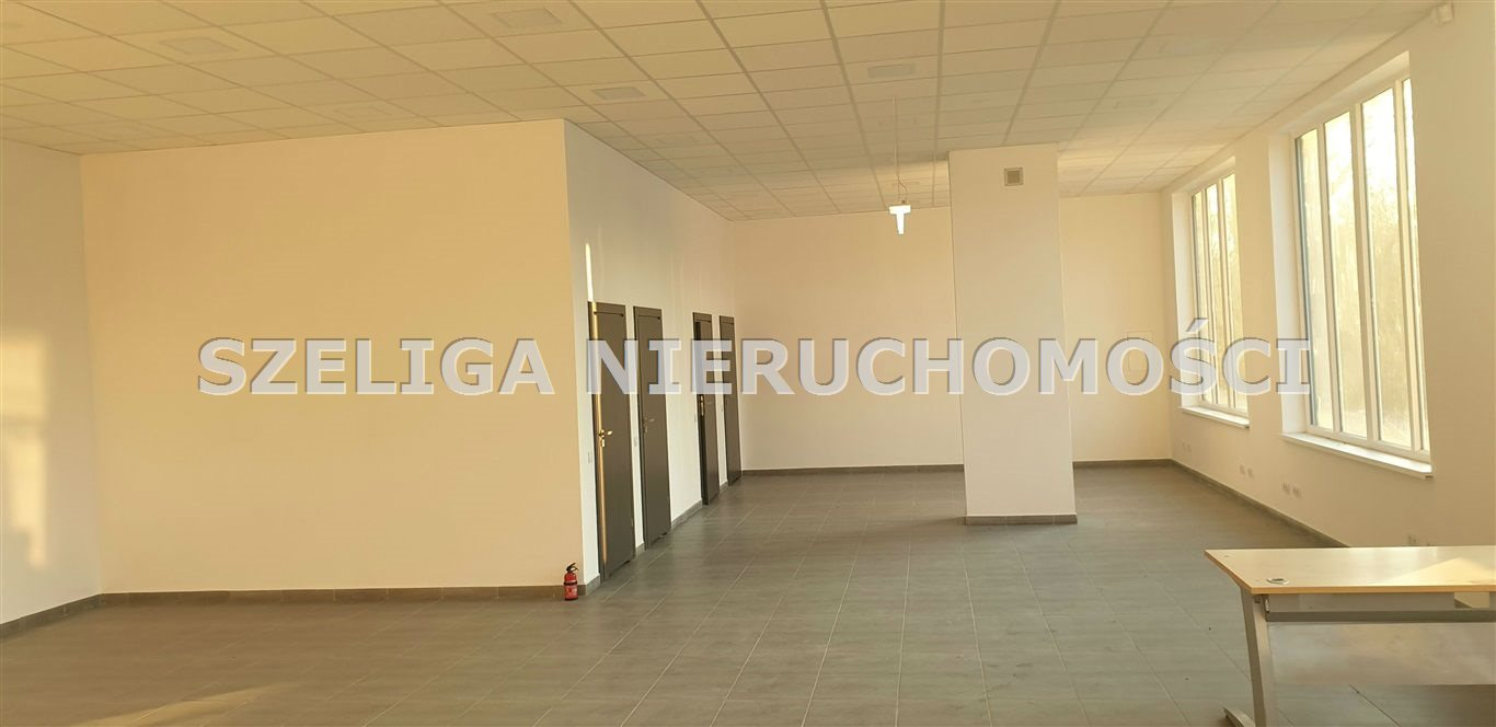 Lokal użytkowy na sprzedaż Zabrze, Centrum, CENTRUM, BLISKO DK 88, NOWY OBIEKT  475m2 Foto 3