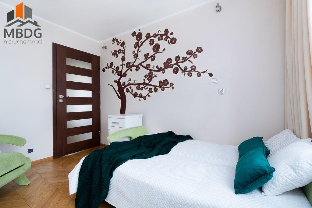 Mieszkanie trzypokojowe na sprzedaż Kraków, Nowa Huta, Nowohucka  65m2 Foto 2