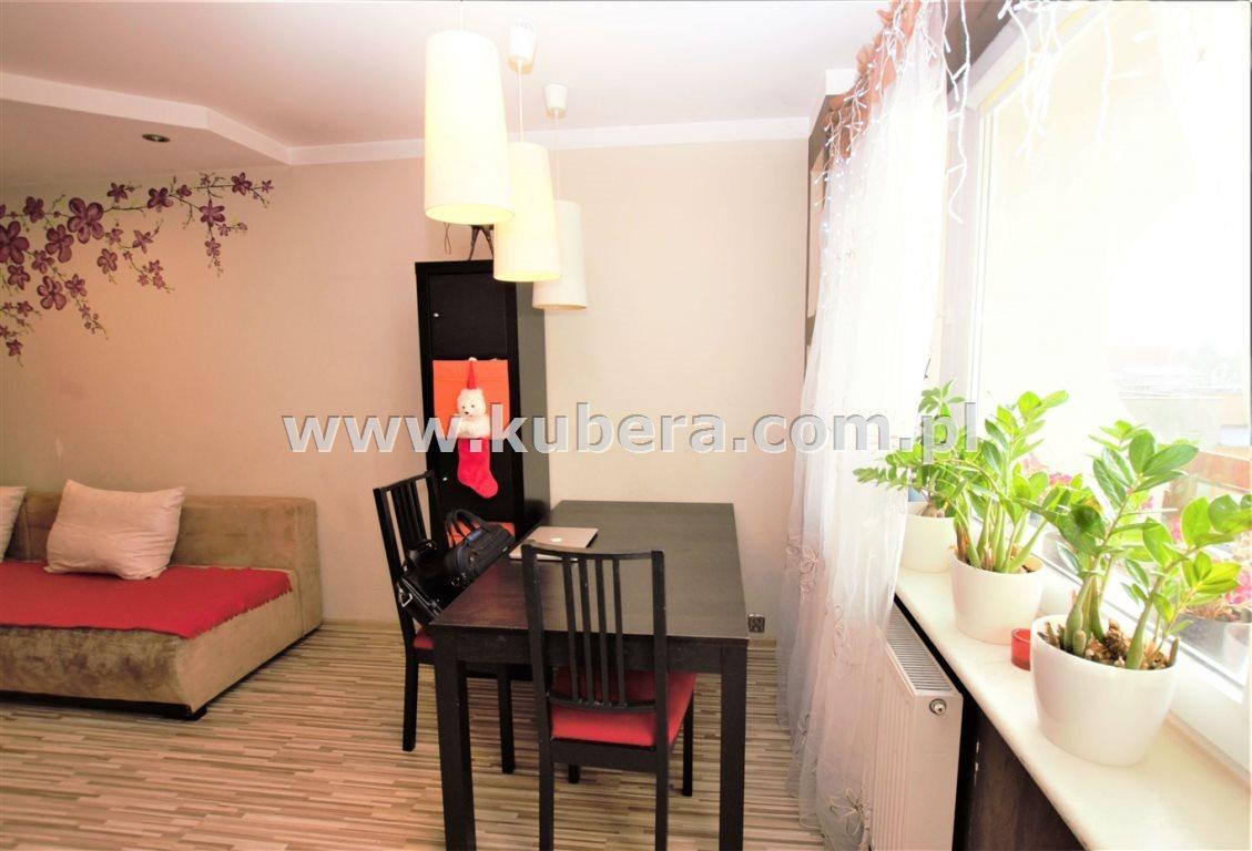 Mieszkanie czteropokojowe  na sprzedaż Piła, Jadwiżyn  71m2 Foto 3