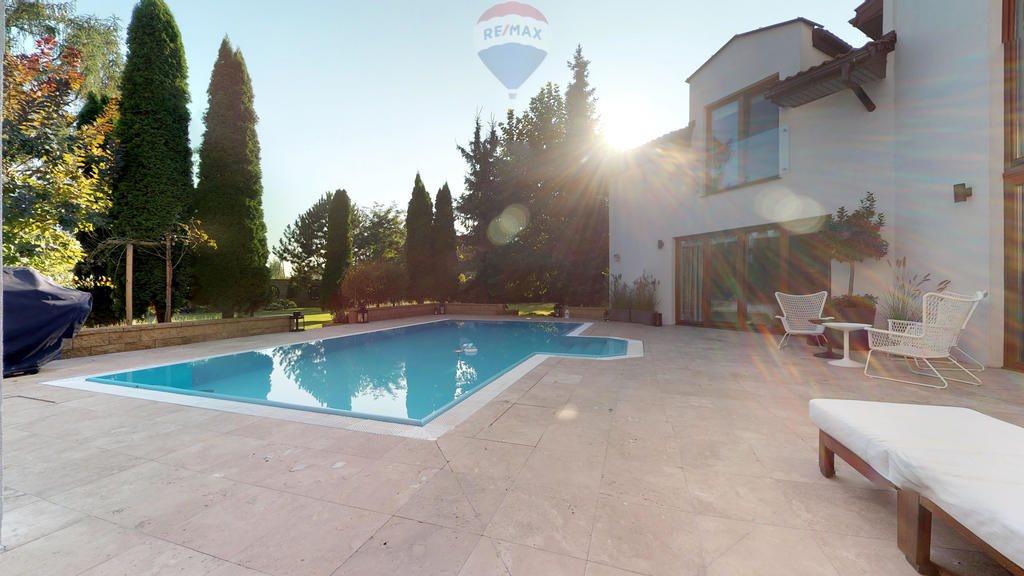 Dom na sprzedaż Dziekanów Leśny, Przy Jeziorze  607m2 Foto 1