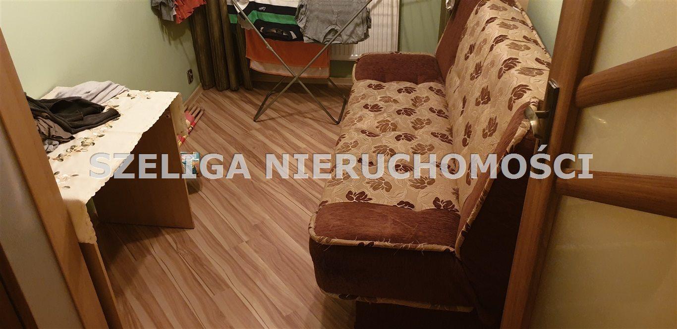 Mieszkanie trzypokojowe na sprzedaż Gliwice, Szobiszowice, OKOLICE BATALIONU KOSYNIERÓW, C.O., C.W. Z SIECI, BALKON  54m2 Foto 3