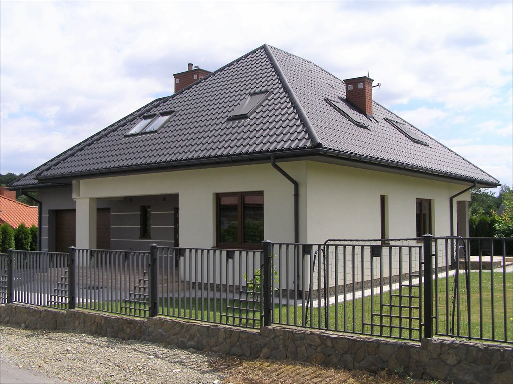 Dom na sprzedaż Brzyście  170m2 Foto 1