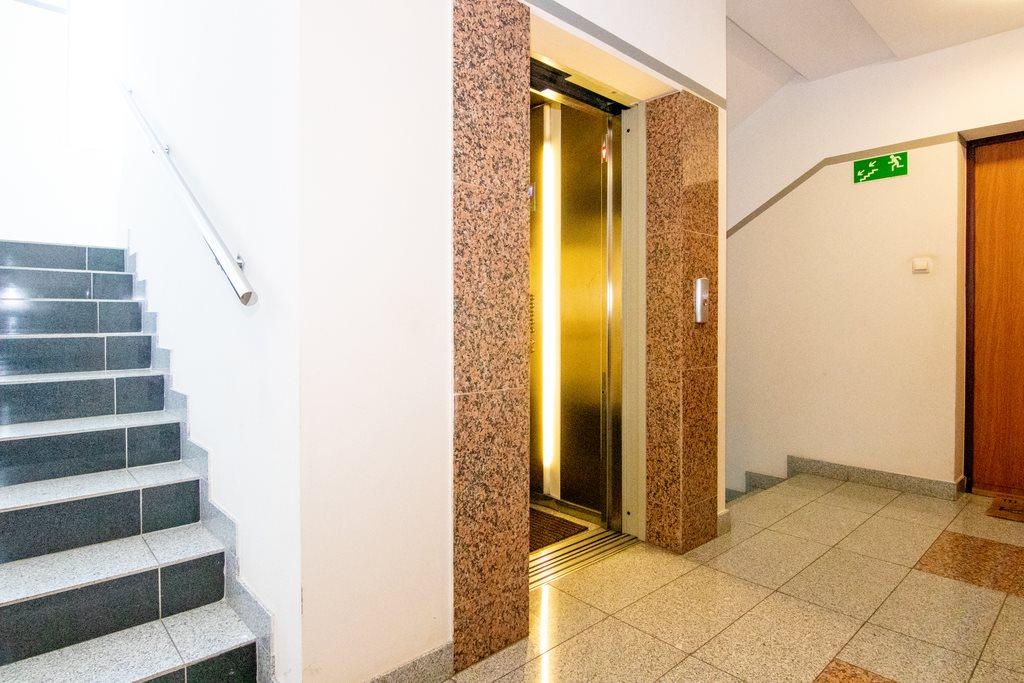 Mieszkanie dwupokojowe na sprzedaż Białystok, Wysoki Stoczek, al. Aleja Jana Pawła II  34m2 Foto 10