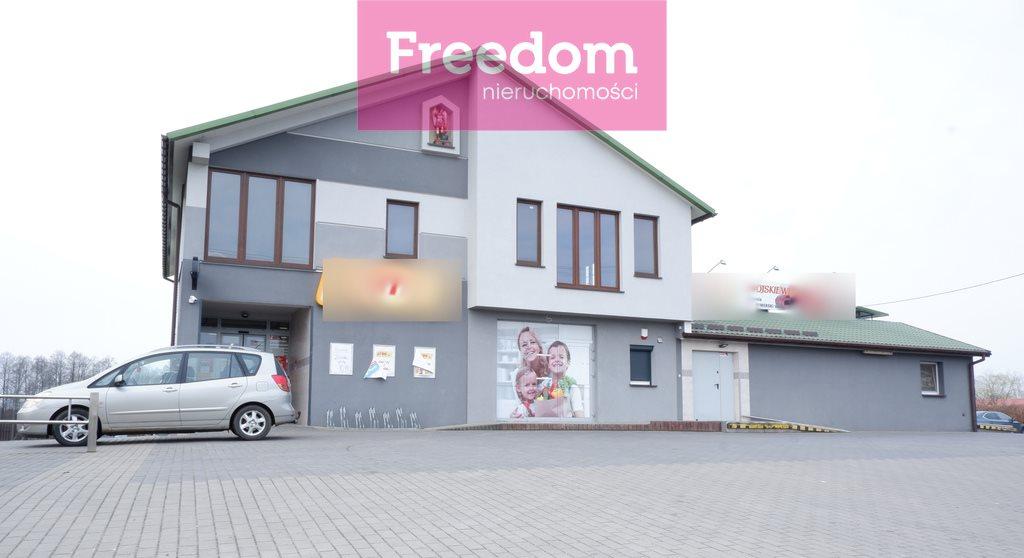 Lokal użytkowy na sprzedaż Mały Płock  900m2 Foto 1