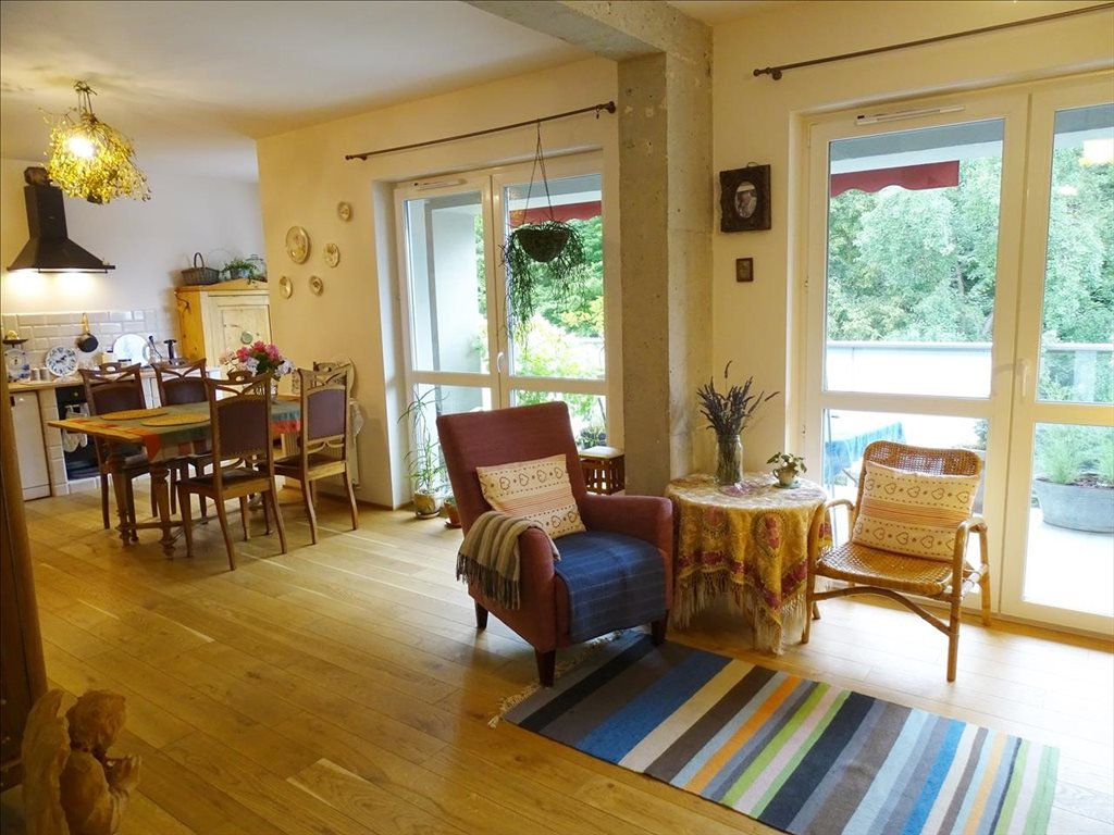 Mieszkanie dwupokojowe na sprzedaż Trzebnica, Trzebnica, Oleśnicka  65m2 Foto 1