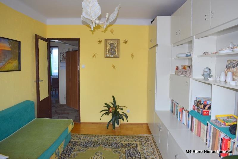 Mieszkanie czteropokojowe  na sprzedaż Krosno  62m2 Foto 3