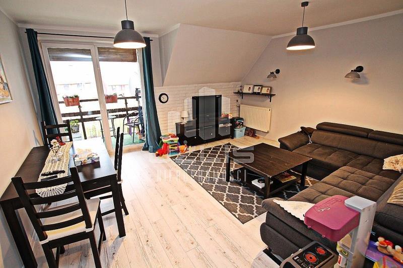 Mieszkanie trzypokojowe na sprzedaż Starogard Gdański  83m2 Foto 1