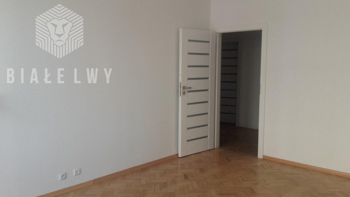 Mieszkanie trzypokojowe na sprzedaż Warszawa, Śródmieście, Aleja Solidarności  65m2 Foto 5