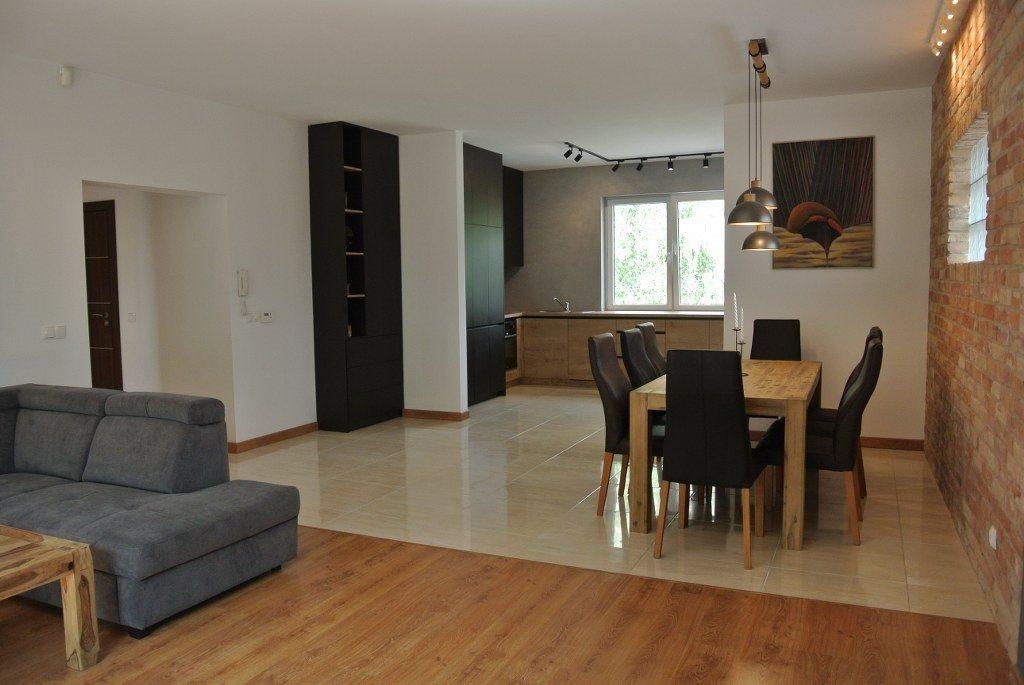Mieszkanie trzypokojowe na sprzedaż Kielce, KSM  122m2 Foto 2