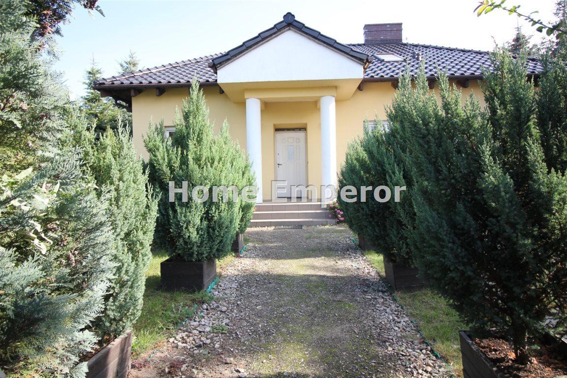 Dom na sprzedaż Strykowo  190m2 Foto 1