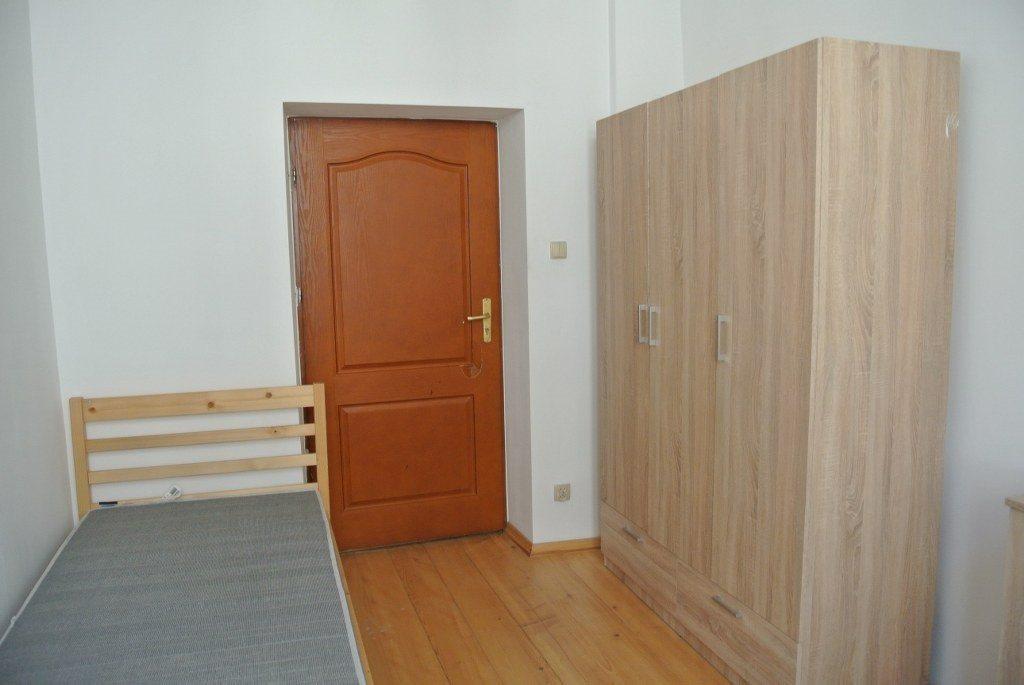 Mieszkanie czteropokojowe  na wynajem Kielce, Centrum  65m2 Foto 6
