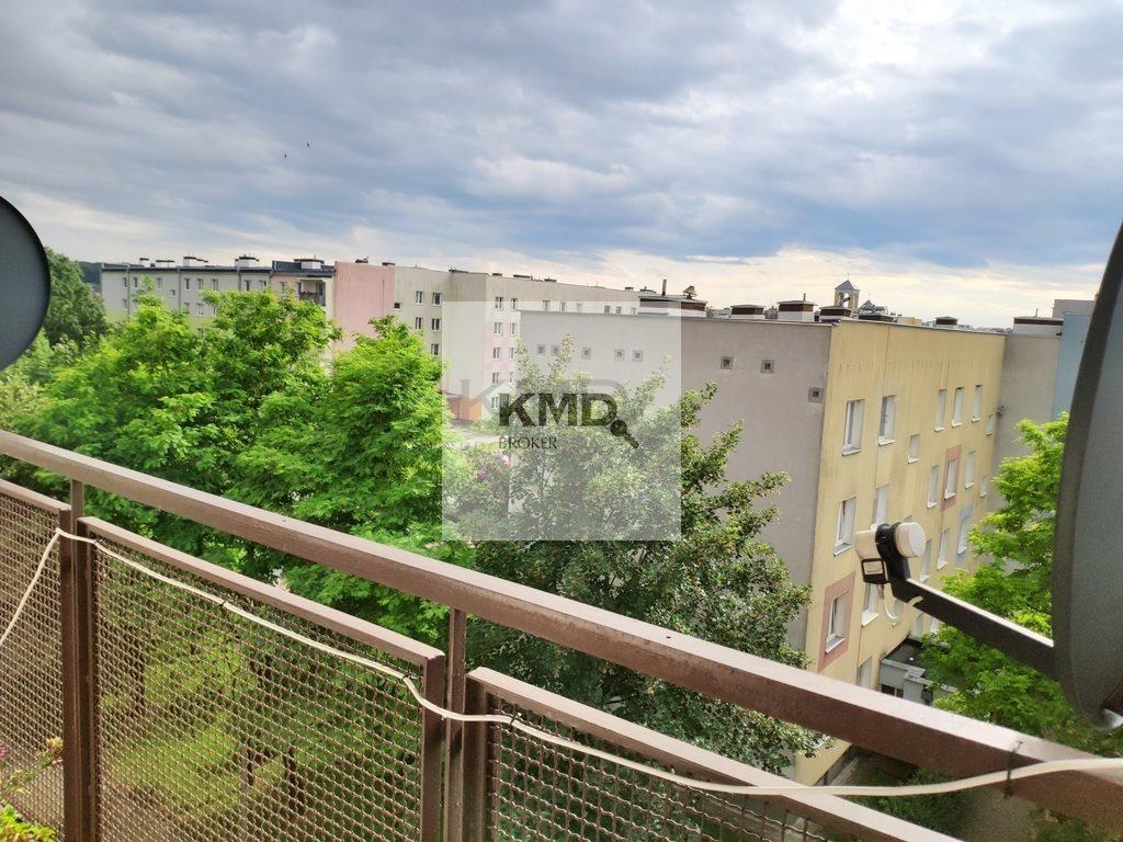 Mieszkanie trzypokojowe na sprzedaż Świdnik, Akacjowa  63m2 Foto 9