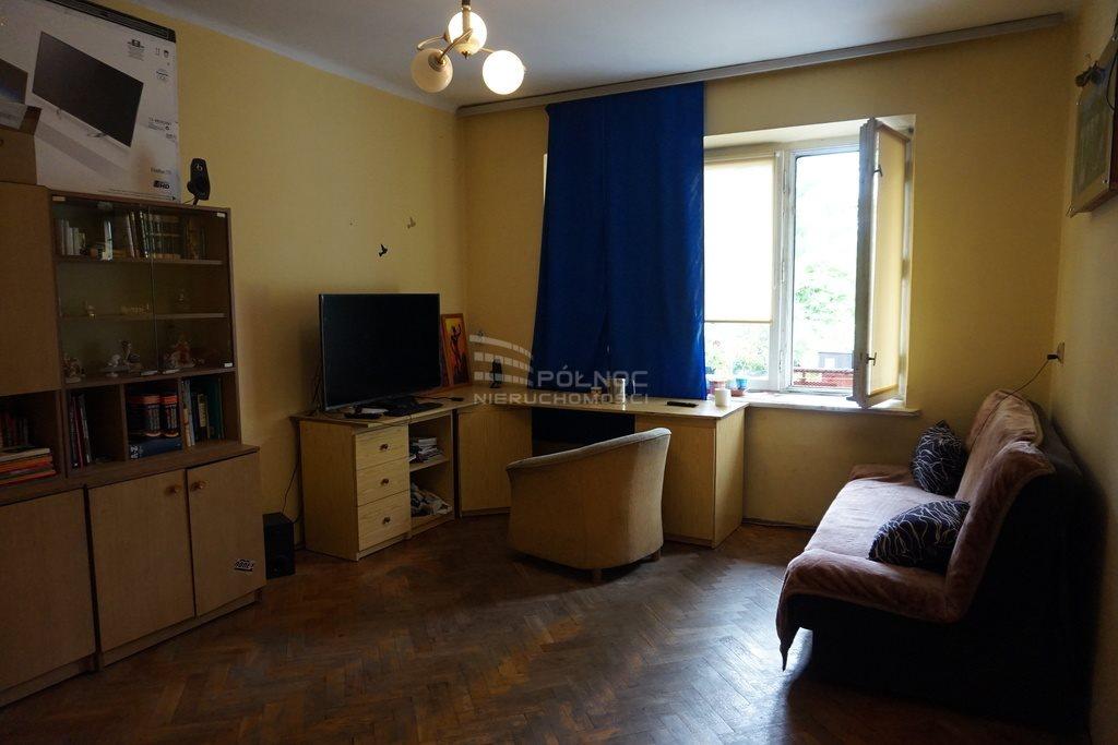 Mieszkanie dwupokojowe na sprzedaż Pabianice, Bezczynszowe 2 pokoje z potencjałem, Centrum  69m2 Foto 2