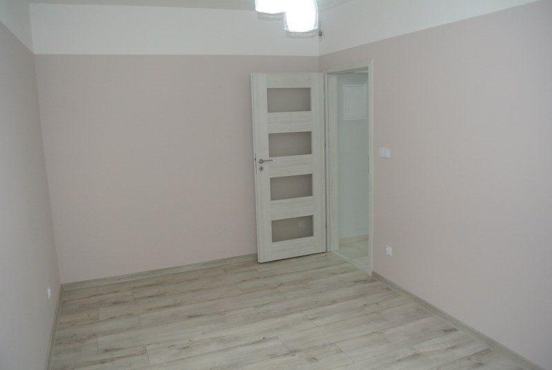 Mieszkanie dwupokojowe na sprzedaż Kielce, Centrum  39m2 Foto 2