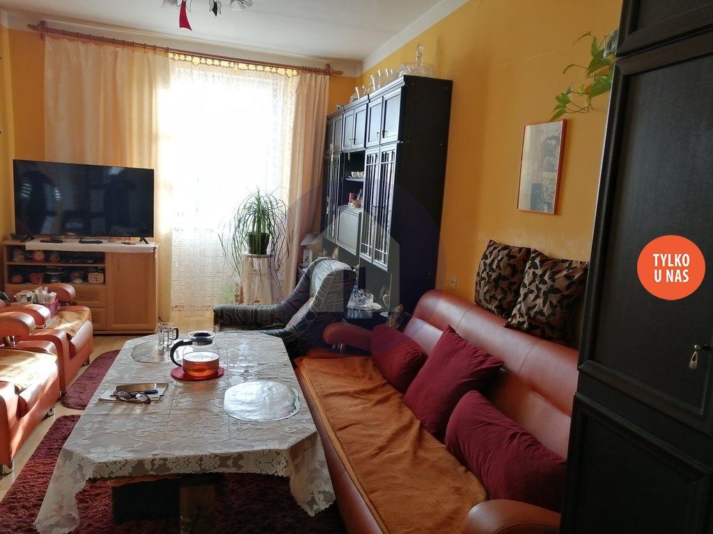 Mieszkanie trzypokojowe na sprzedaż Dzierżoniów, Świdnicka  70m2 Foto 3